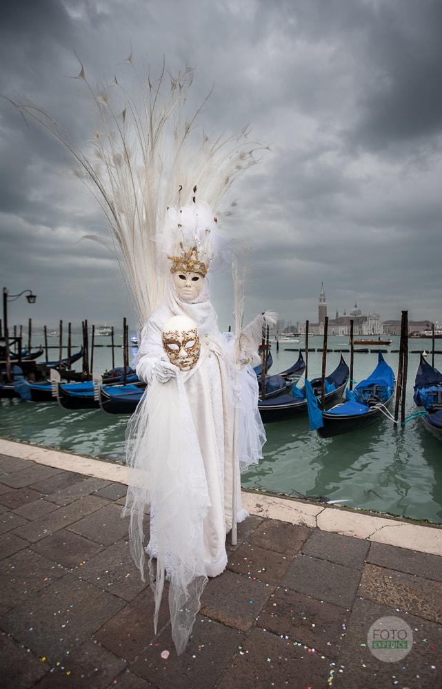 Fotoexpedice Benátský karneval, Martin Kamín, fotografování gondol